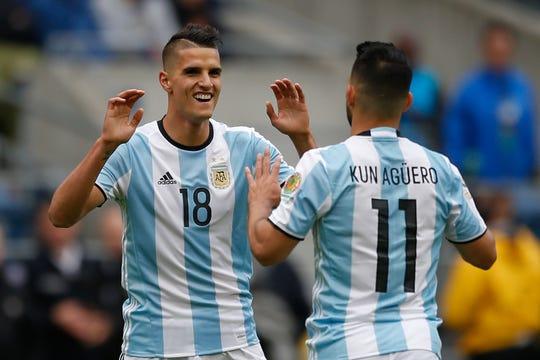 Erik Lamela y 'Kun Agüero, jugadores argentinos.