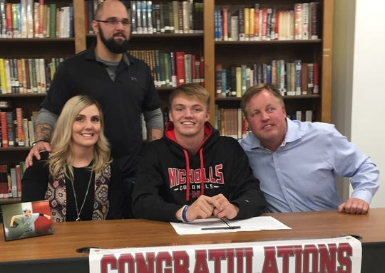 Benton's Turner Toms signed with Nicholls State on Wednesday in baseball.