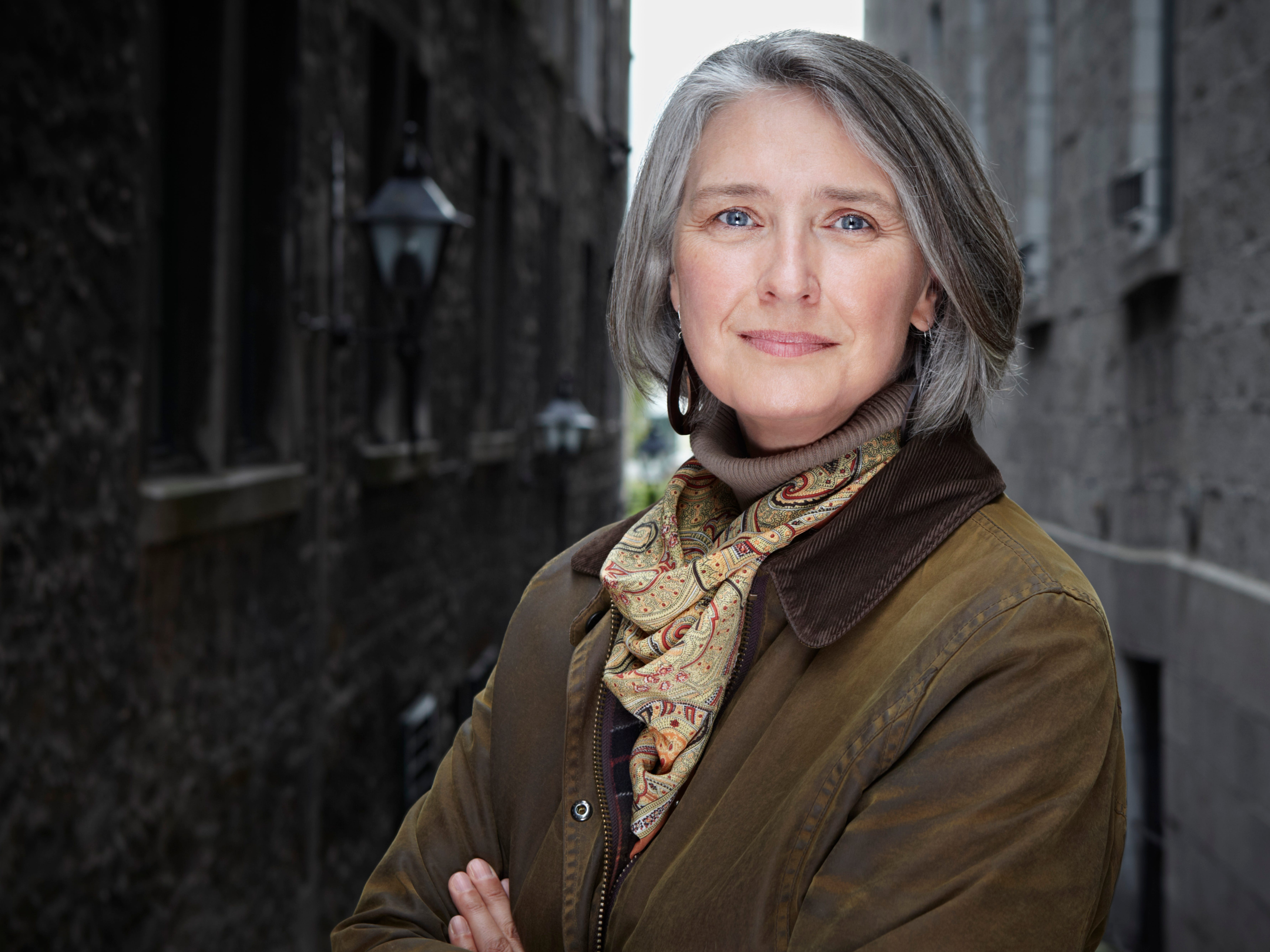 Best-selling author Louise Penny launches new novel from Tallahassee