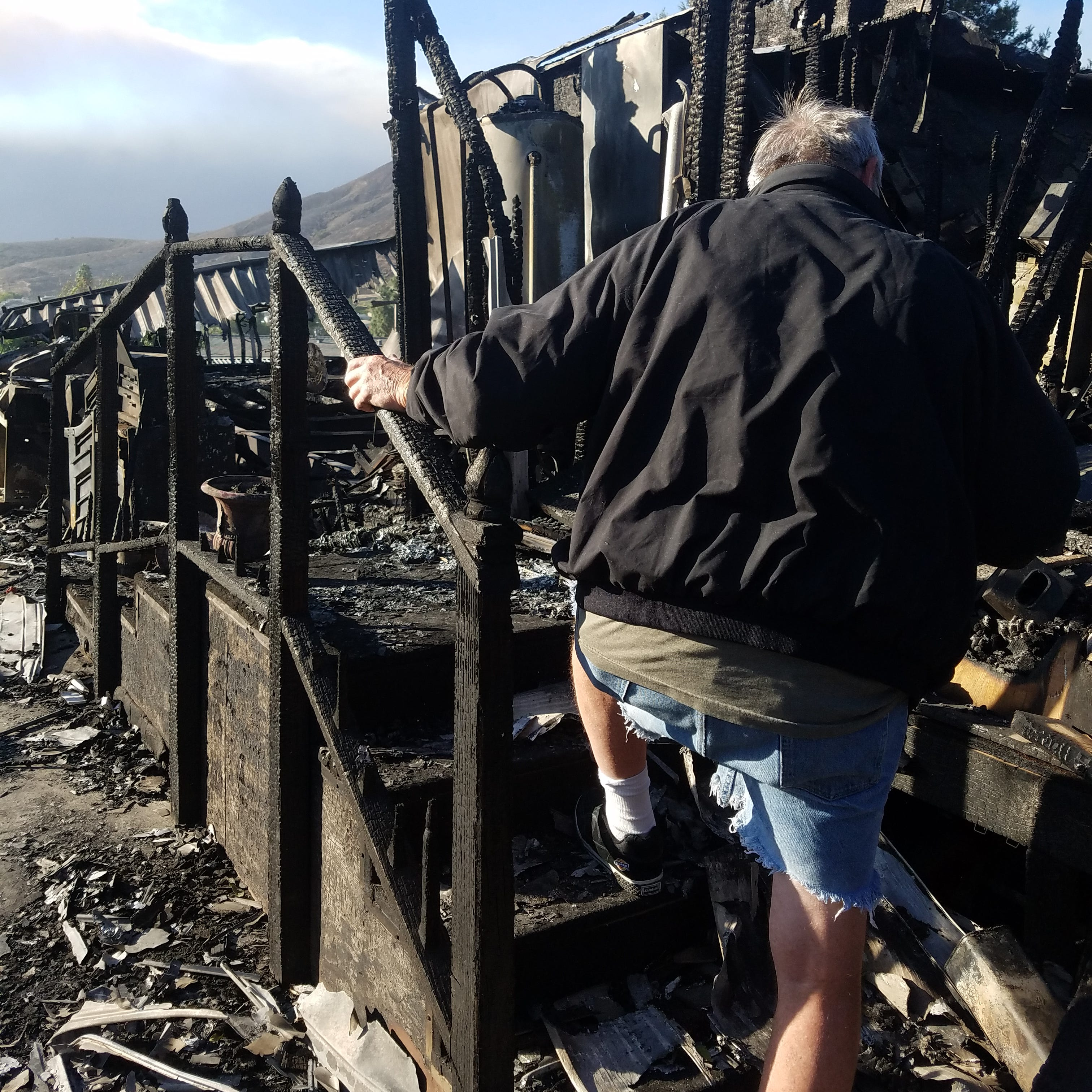 On 50th wedding anniversary, couple learns their home was destroyed in Hill Fire