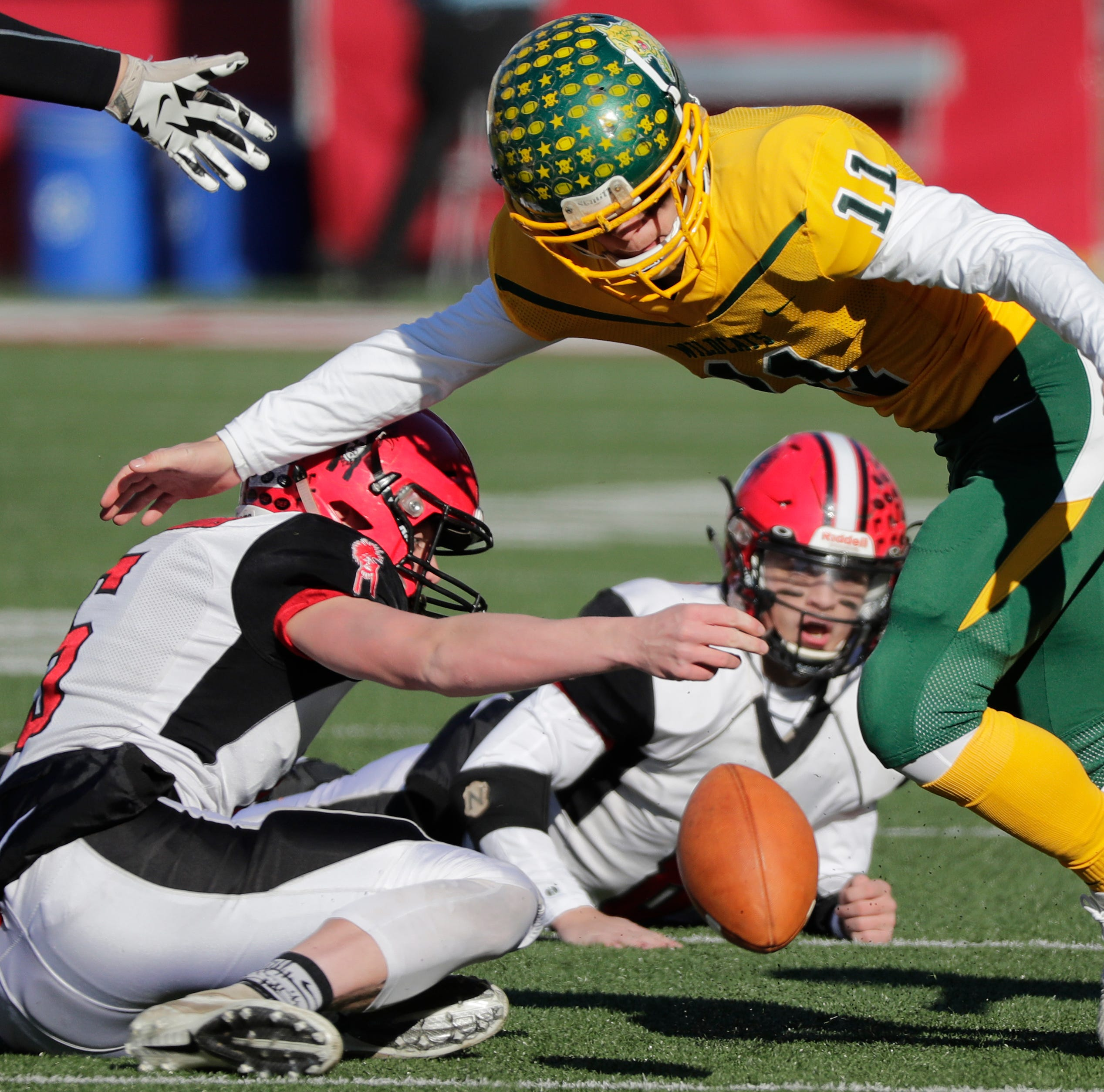 WIAA state football: Fumbles, penalties plague Edgar in loss