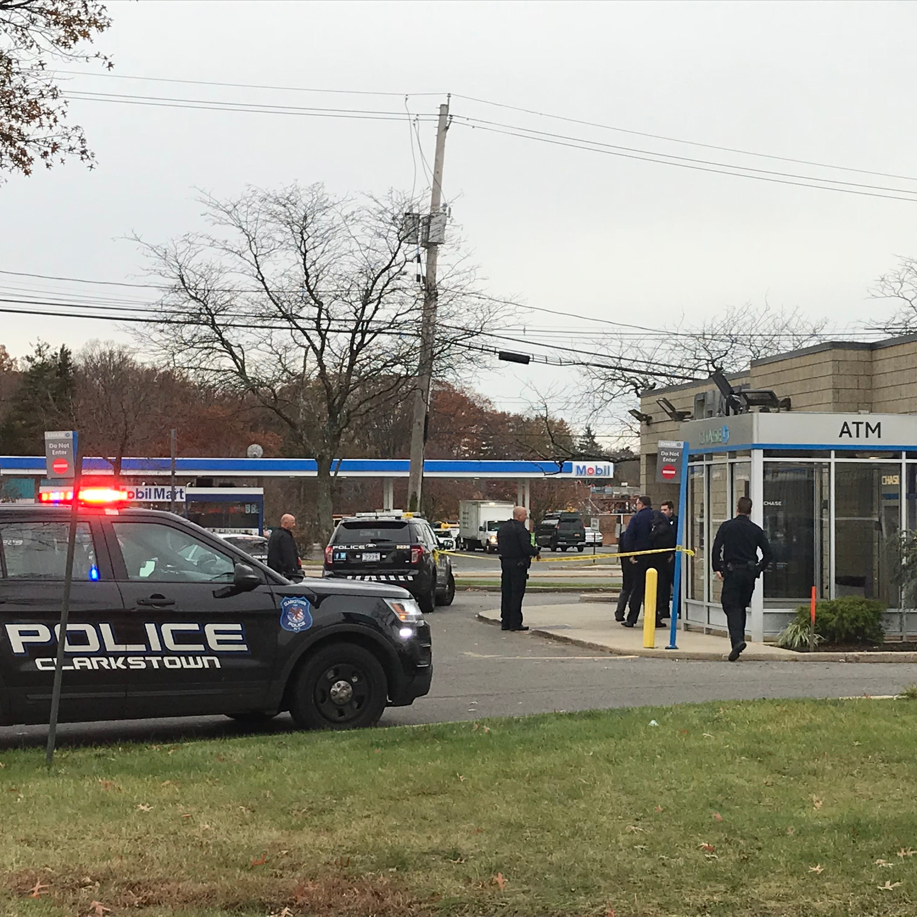 Nanuet: Police investigate bank robbery