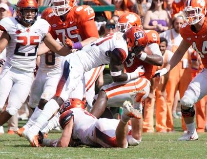 Trill Williams (21), a freshman cornerback at Syracuse University, makes a tackle during a 27-23 loss Clemson Sept. 29, 2018. The Yonkers native and Archbishop Stepinac graduate will play at Yankee Stadium Saturday when No. 12 Syracuse meets No. 3 Notre Dame.