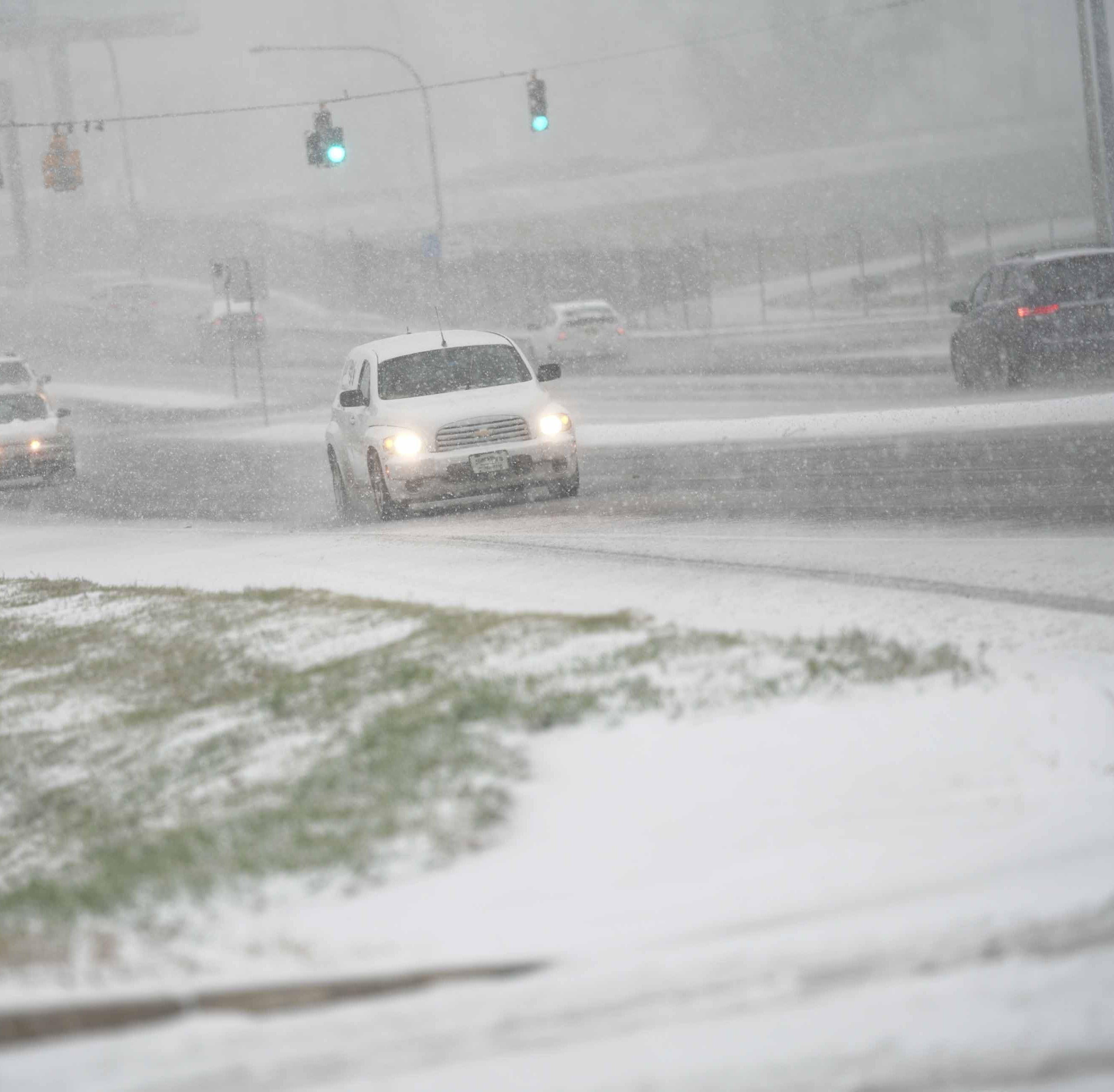 Snow falling in Delaware; expect rain and wind in afternoon