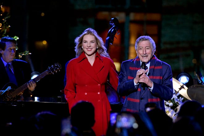 "Diana Krall and Tony Bennett rehearse for NBC's  ""Annual Christmas in Rockefeller Center."""