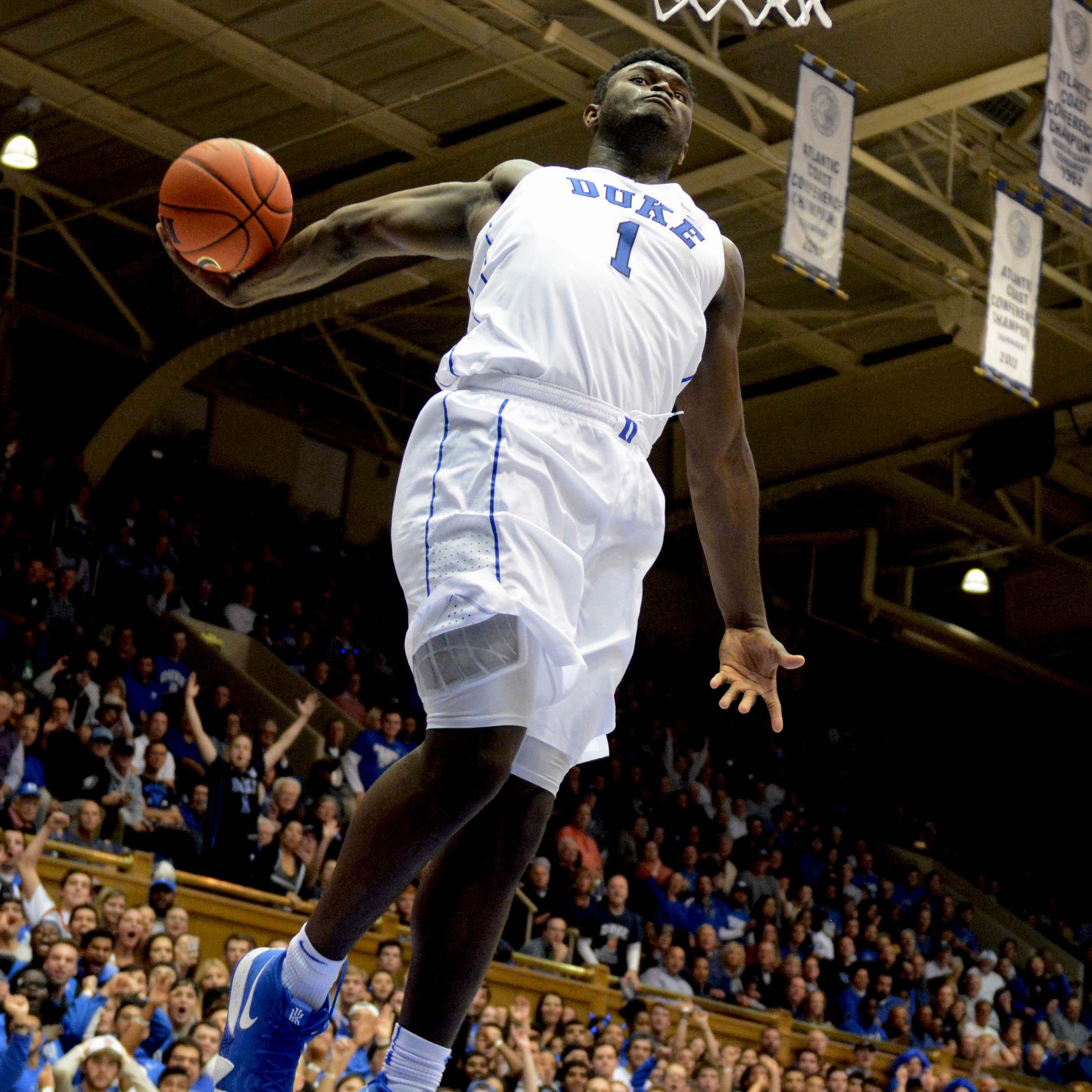 Former LSU assistant coach offered Duke's Zion Williamson a football scholarship