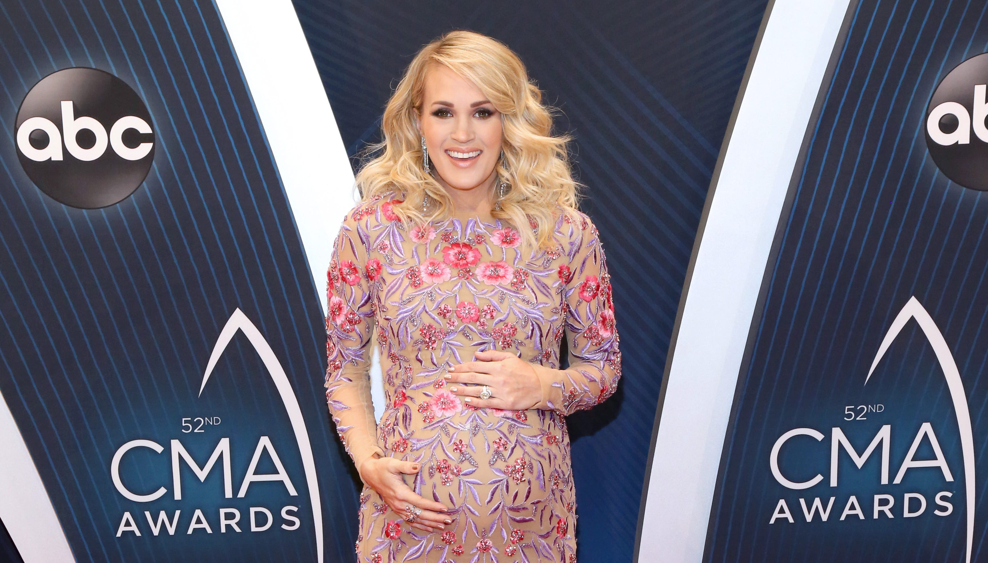 Carrie Underwood attends the 52nd annual CMA Awards at the Bridgestone Arena on November 14, 2018 in Nashville, Tennessee.