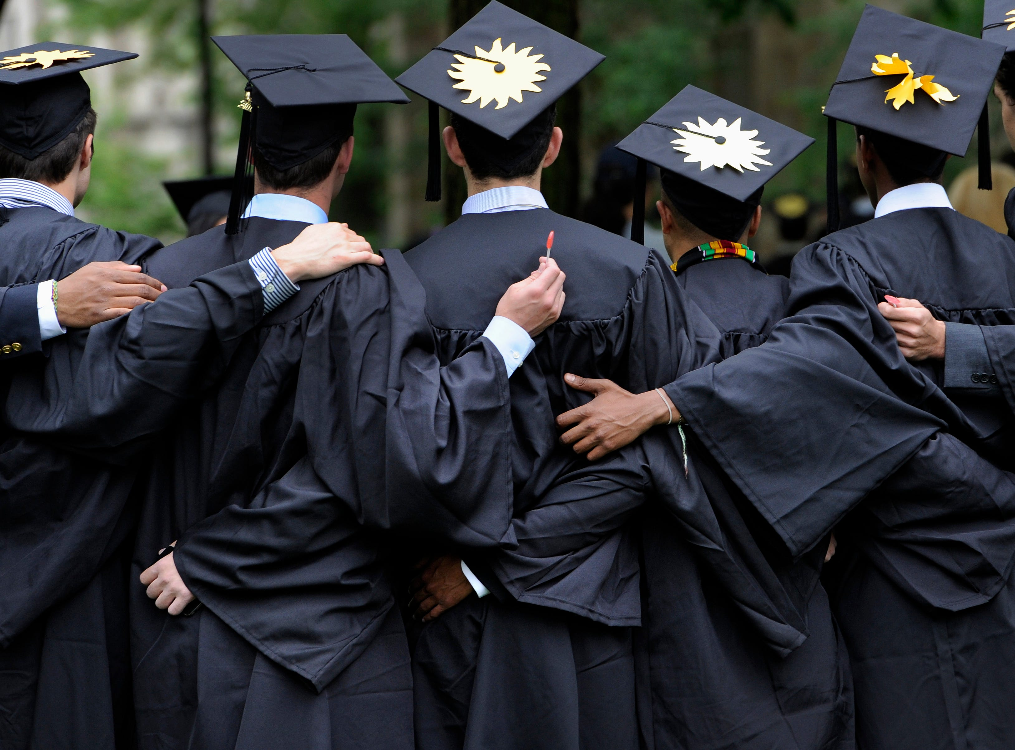 Satire: What were Loughlin, Huffman & other parents thinking in college admission scandal?