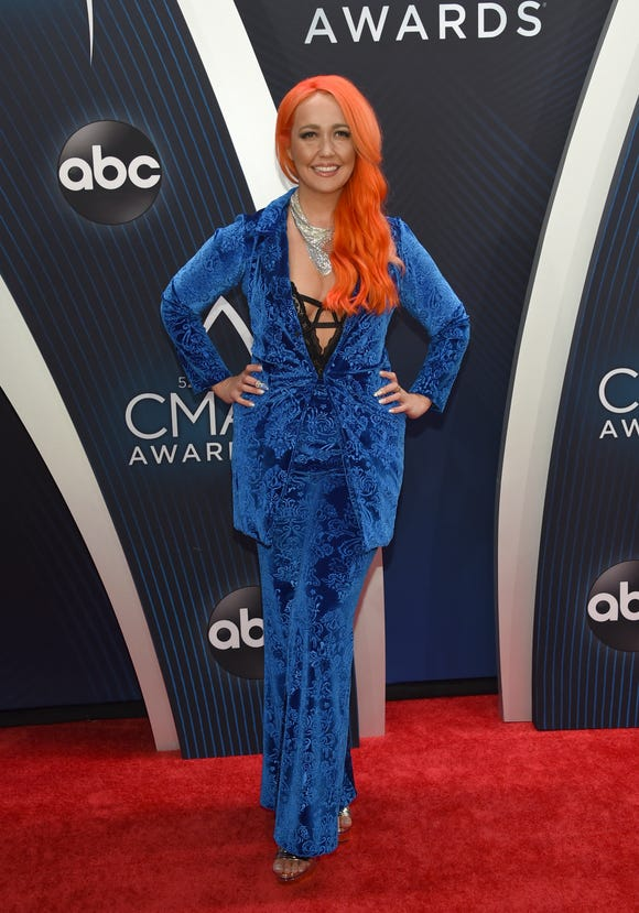 Meghan Linsey arrives at the 52nd annual CMA Awards at Bridgestone Arena on Wednesday, Nov. 14, 2018, in Nashville, Tenn.