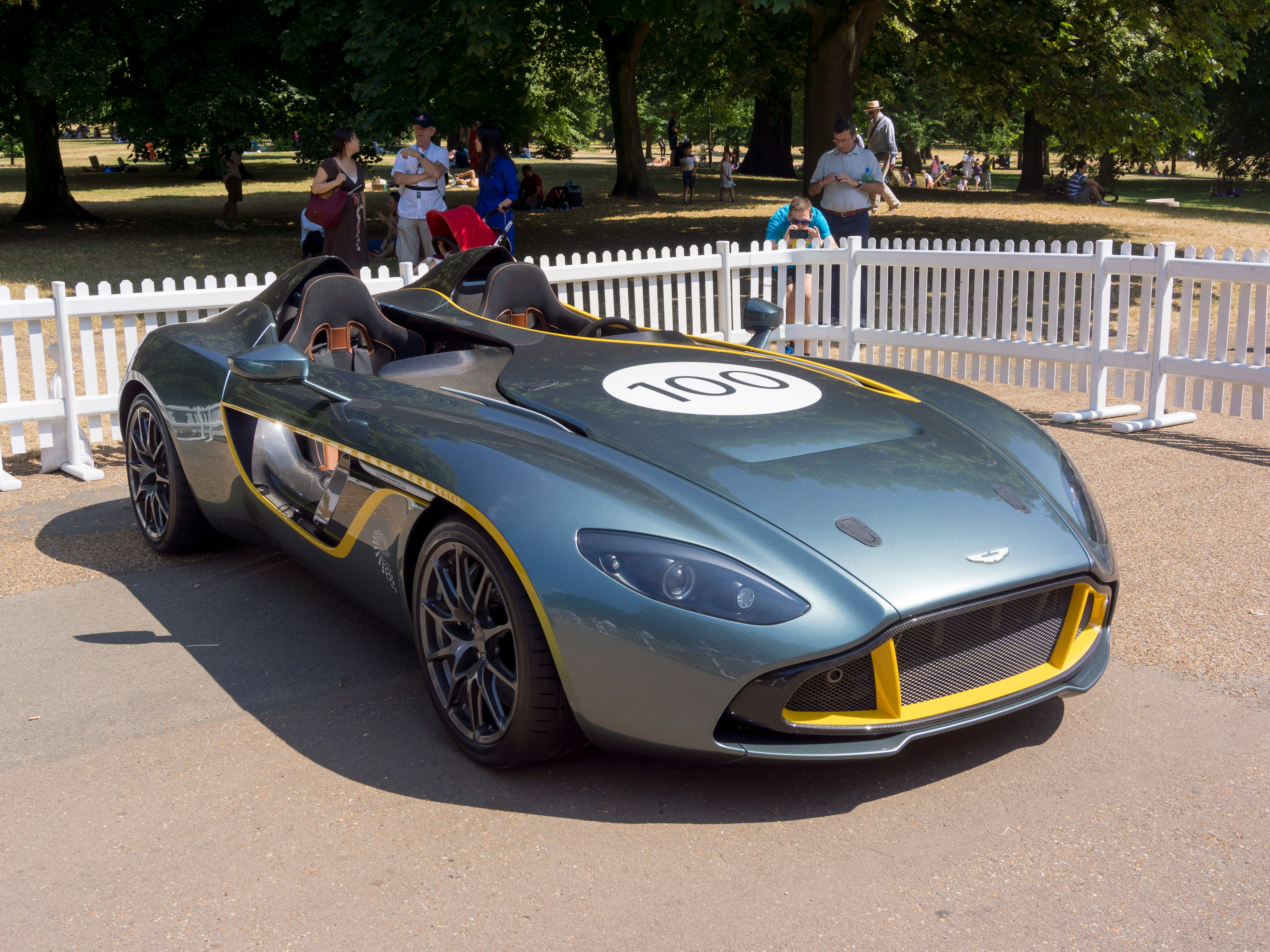An Aston Martin CC100 SPEEDSTER CONCEPT (2013) is on display Kensington Park in London.