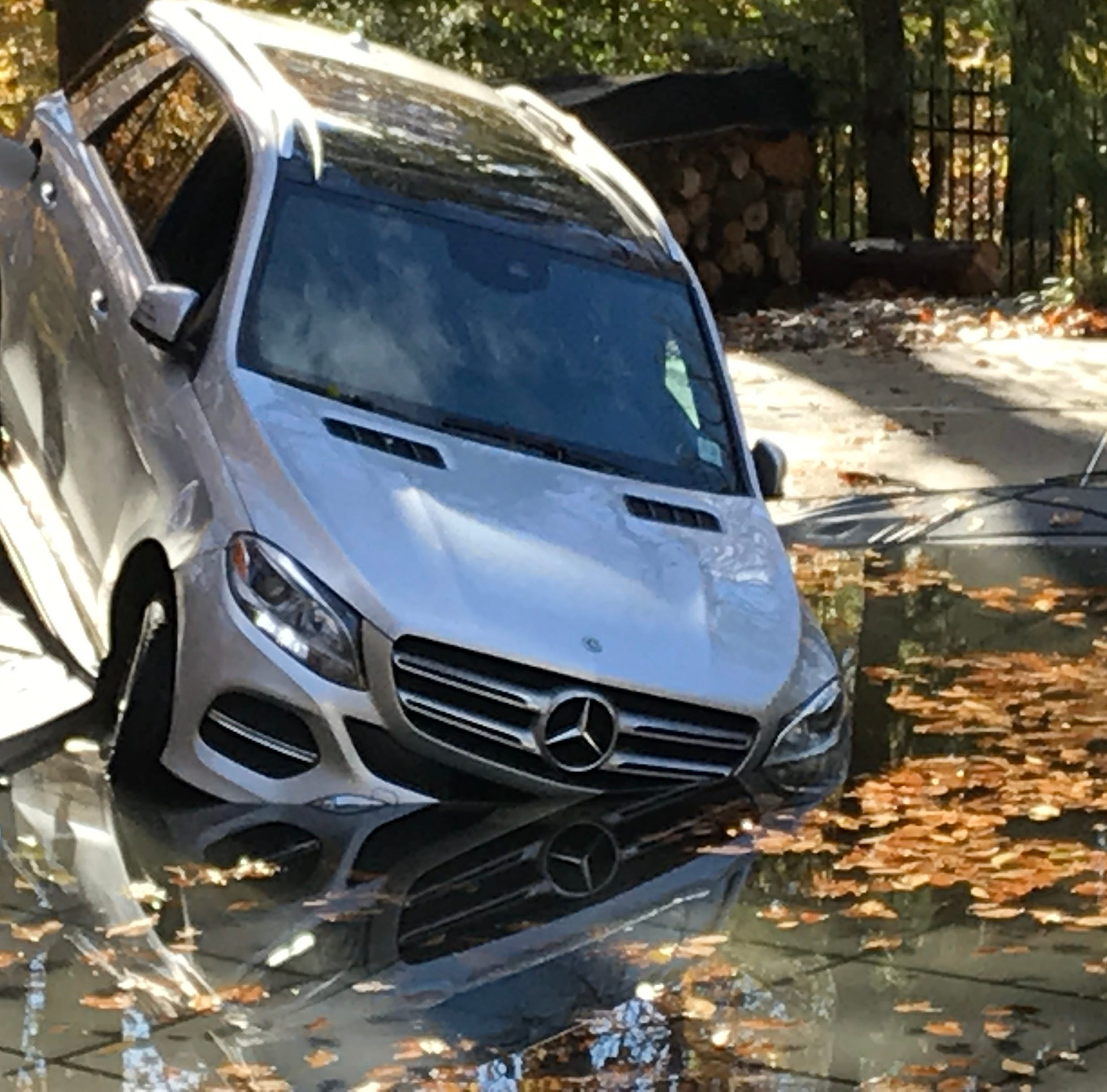 Holmdel driver crashes car into neighbor's pool