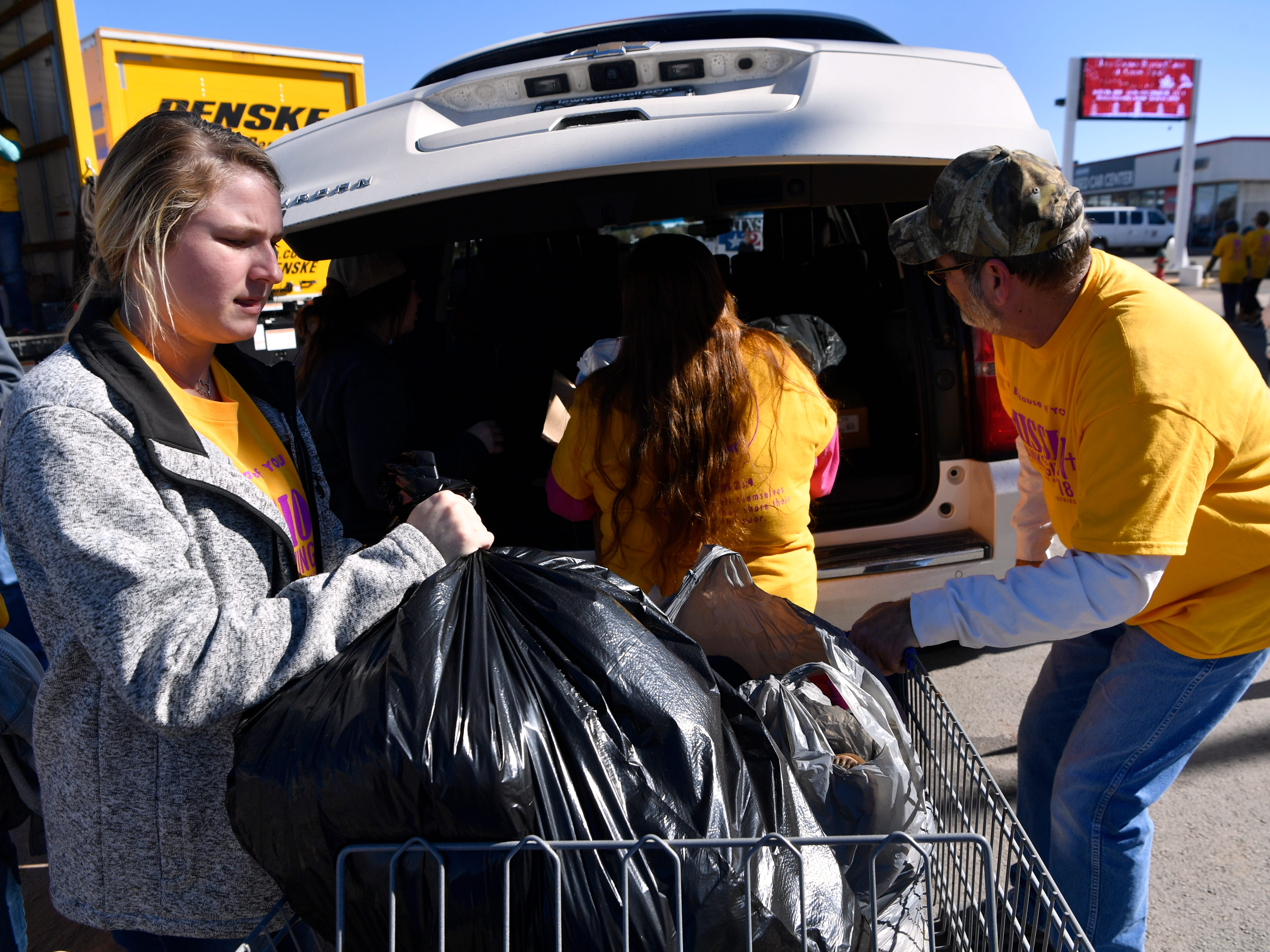 Ever-growing Mission Thanksgiving demonstrates Abilene's giving spirit before the holidays