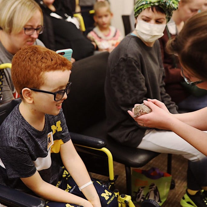 Binder Park Zoo, San Diego Zoo offer 'distraction' for hospitalized children