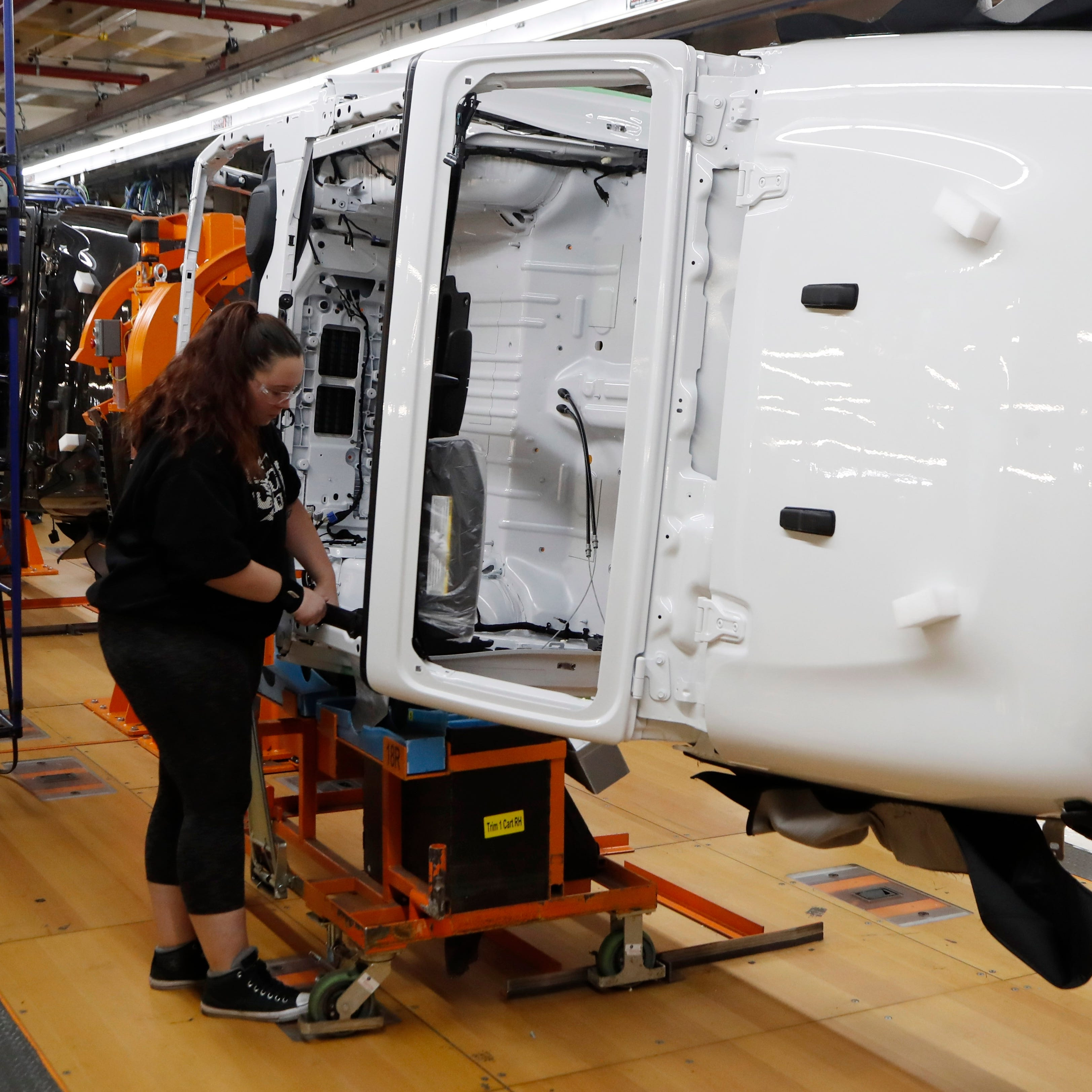 Wrangler-flipper improves productivity at Jeep plant