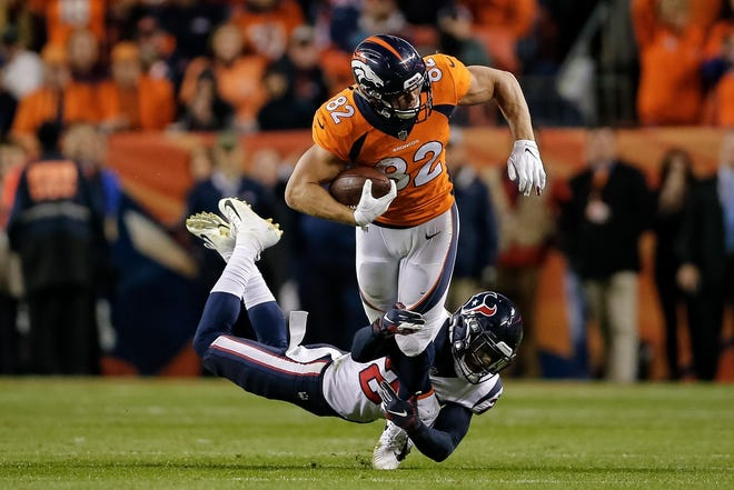The Denver Broncos hos the Pittsburgh Steelers at 2:25 p.m. Sunday.
