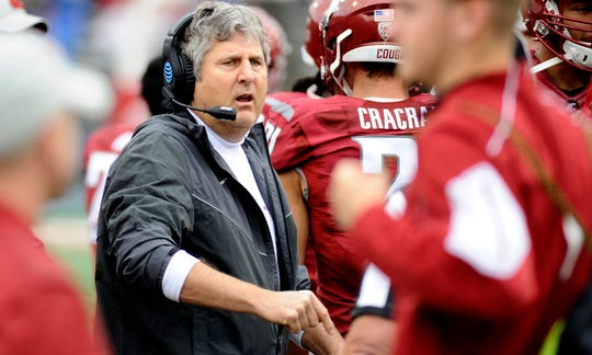 Washington State coach Mike Leach has guided the Cougars to a 9-1 record and No. 8 ranking this season.
