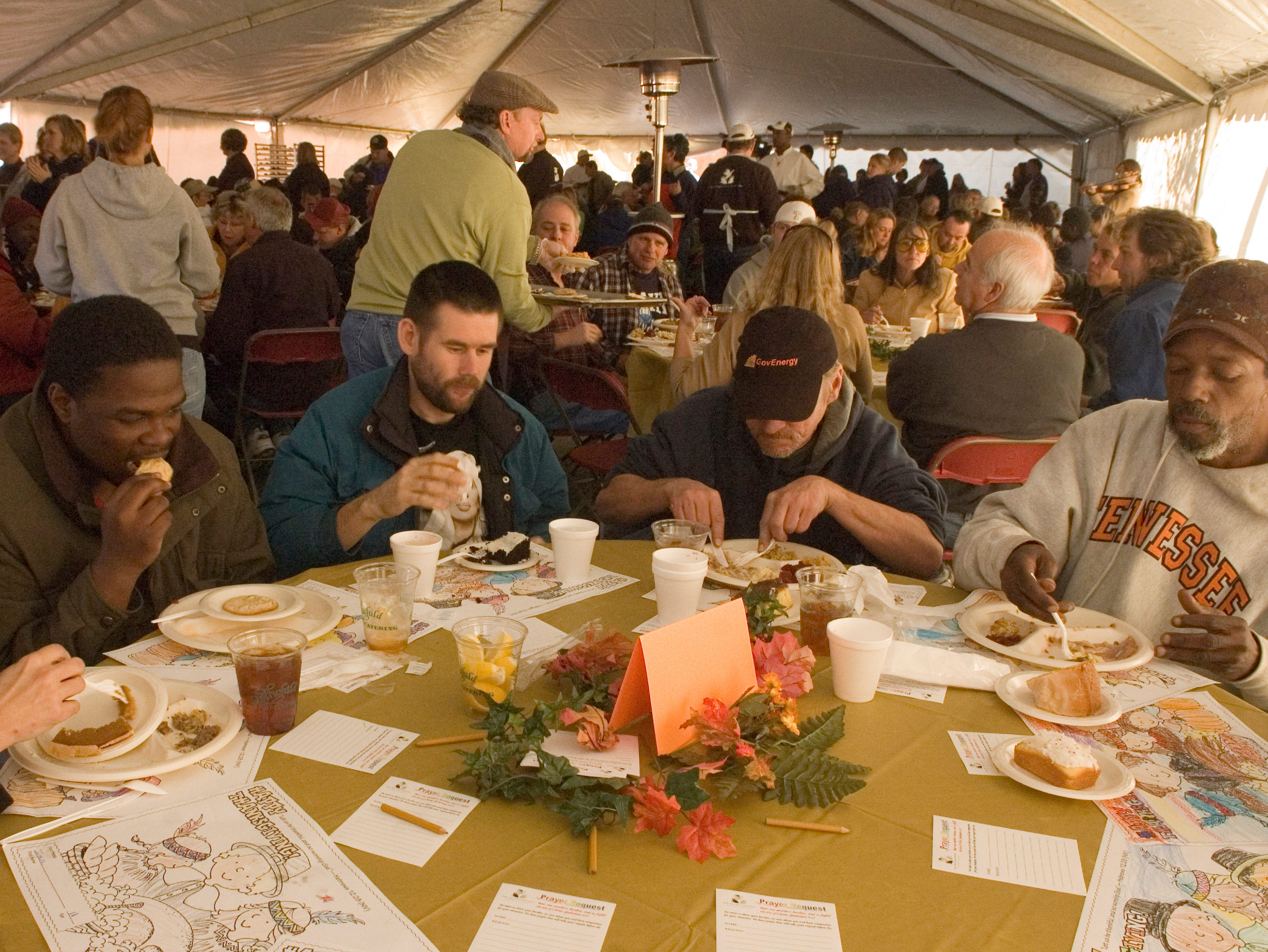Knox Area Rescue Ministries annual Thanksgiving Tent fo Hope meal. The Knoxville Area Rescue Ministries had their Tent of Hope set up to serve a full Thanksgiving meal to the needy Thursday.   Dozens of Volunteers from all across East Tennessee were on hand to serve the homeless and hungry  a full Thanksgiving feast, complete with roasted turkey, stuffing, mashed potatoes, gravy and all the fixings. And a variety of deserts including pumpkin pie! Thursday, November 27, 2008