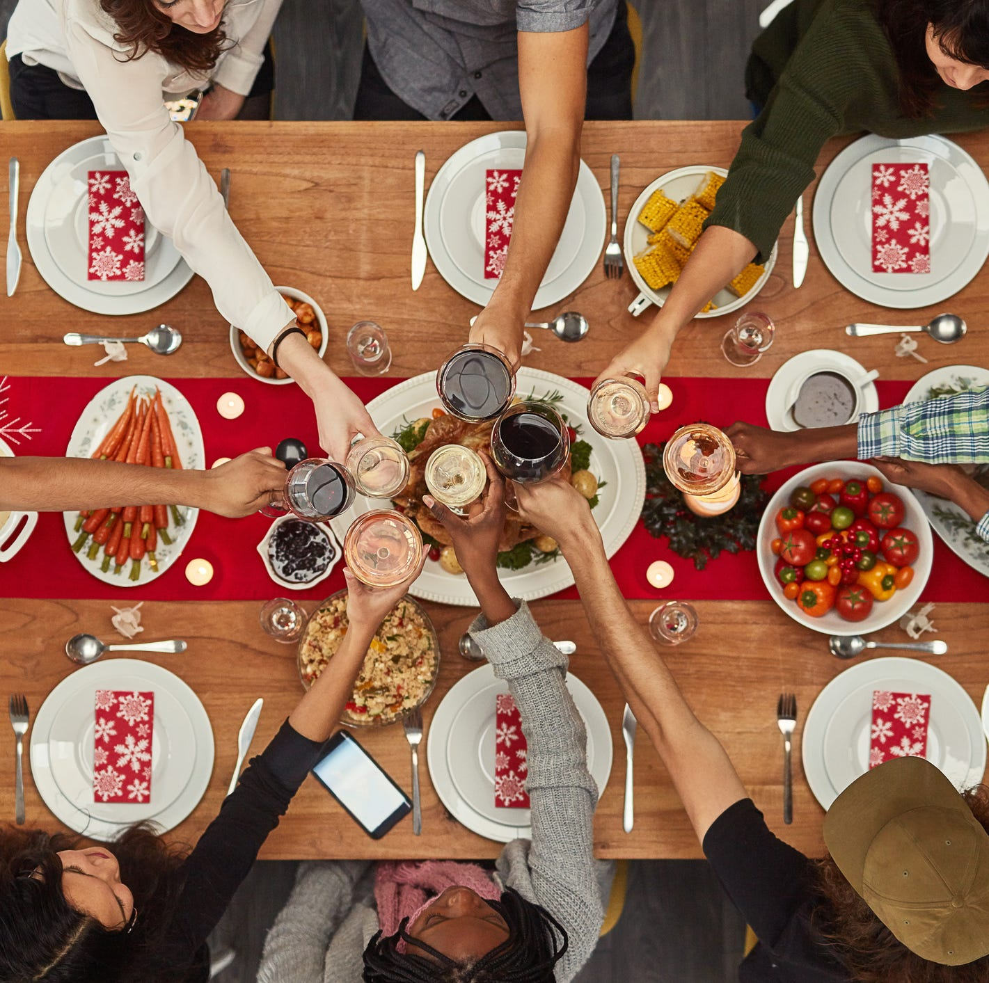 Don't stress out over talking politics at Thanksgiving dinner. We've got some tips.
