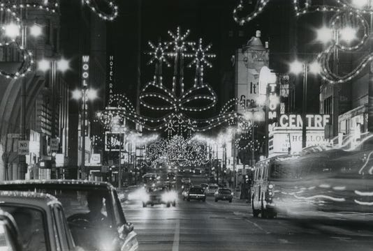 1968 Press Photo The Annual Christmas Lighting Ceremony On Wisconsin Ave