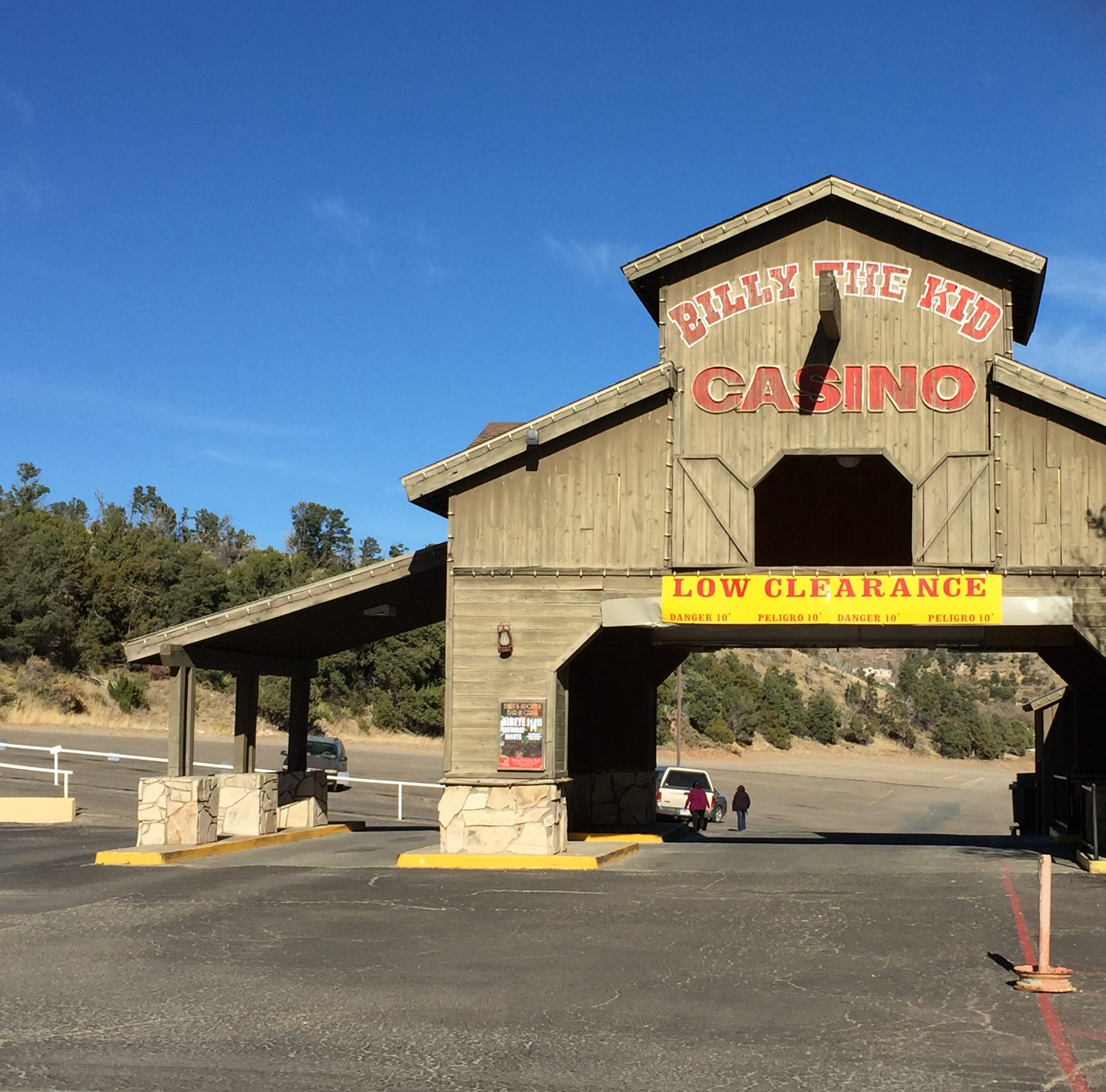 Suspicious packages prompt evacuation of Billy the Kid Casino Friday