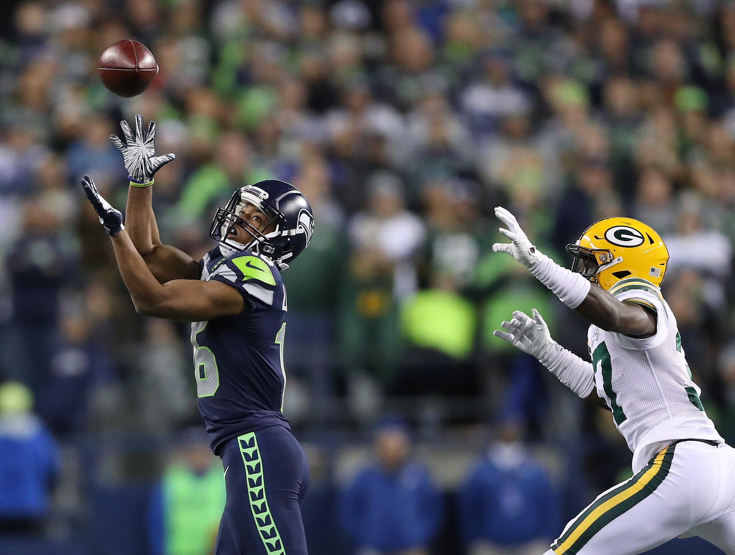 Green Bay Packers cornerback Josh Jackson (37) gets beat on a throw by wide receiver Tyler Lockett (16) against the Seattle Seahawks at CenturyLink Field Thursday, November 15, 2018 in Seattle, WA. Jim Matthews/USA TODAY NETWORK-Wis