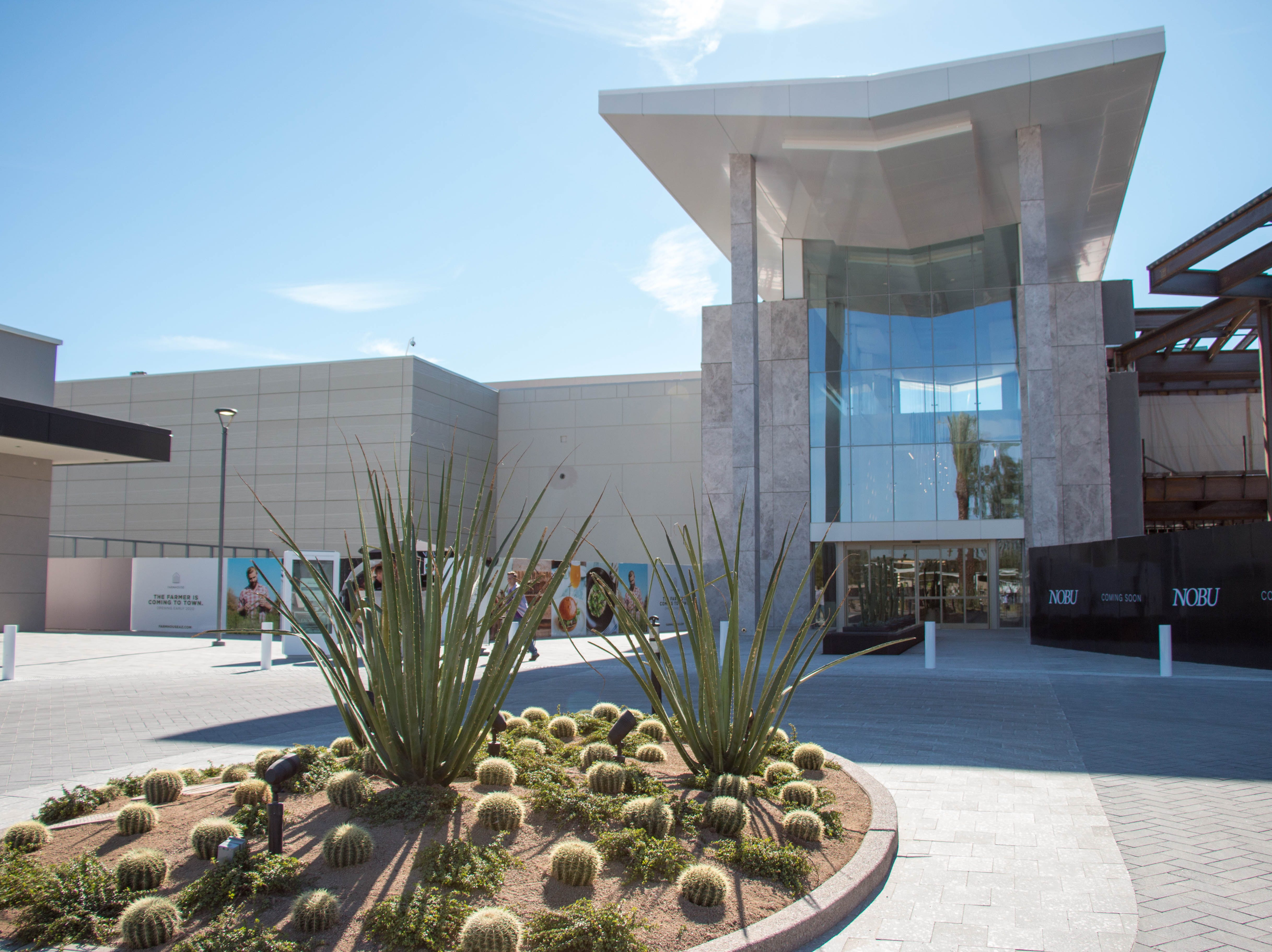 New and updated places to shop and eat at Scottsdale Fashion Square mall