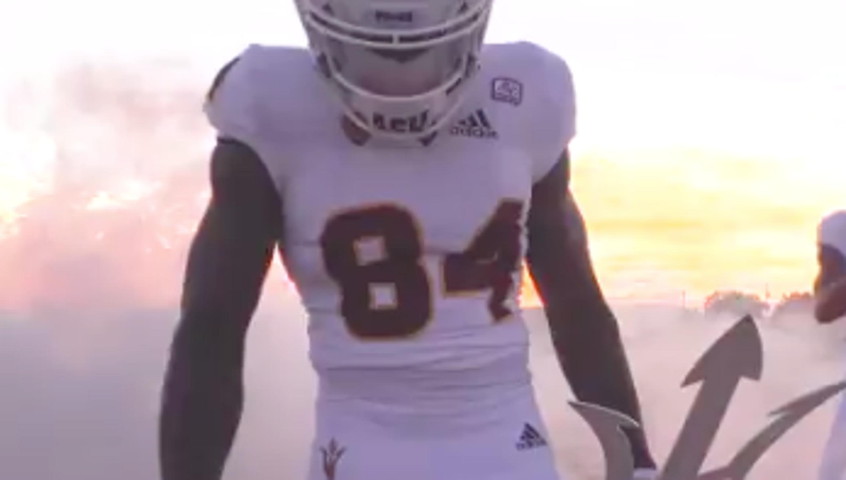 half off 656a9 3a389 ASU vs. Oregon uniforms: Sun Devils wearing white, Ducks in ...