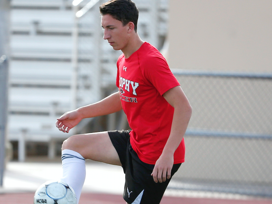 Brophy Prep midfielder Francesco Montanile runs a drill during practice in Phoenix on November 14.