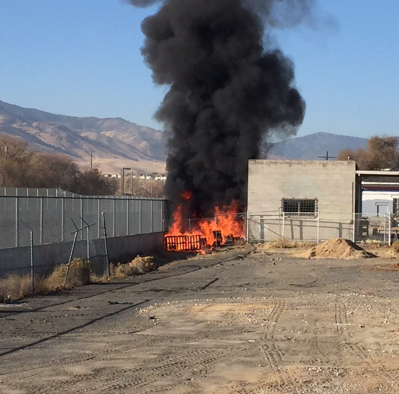 Reno firefighters extinguish blaze at homeless encampment