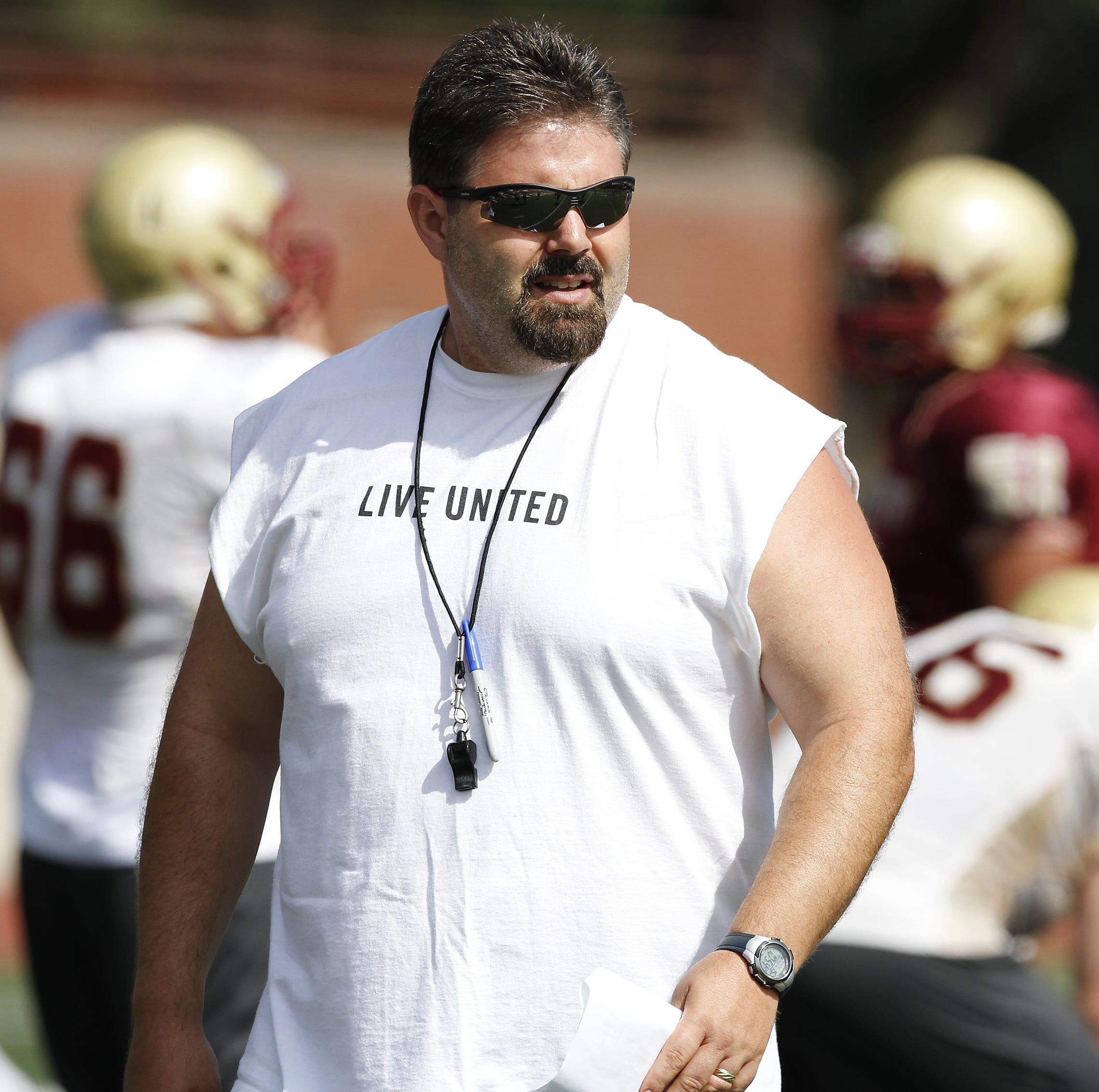 McKay hires former Willamette University football coach Glen Fowles