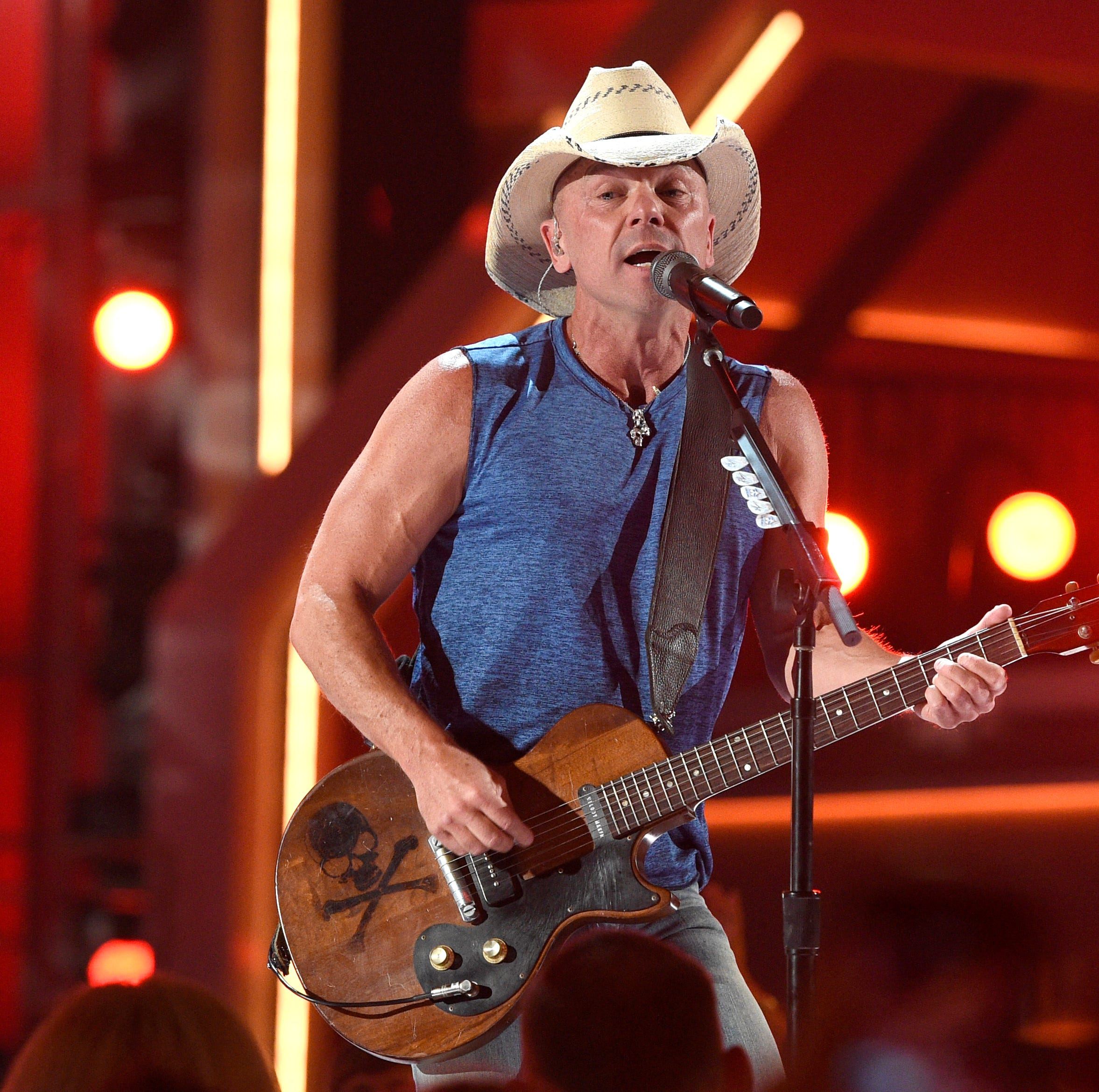 Kenny Chesney to play Premier Center in May