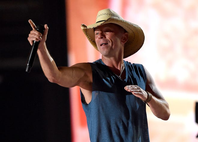 Kenny Chesney  returns to the Tucker Civic Center in April.