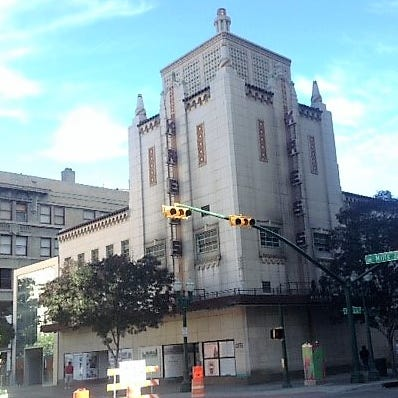 El Paso billionaire Paul Foster asks court to award him Downtown Kress building