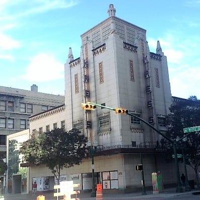 El Paso billionaire Paul Foster asks court to award him Downtown Kress building