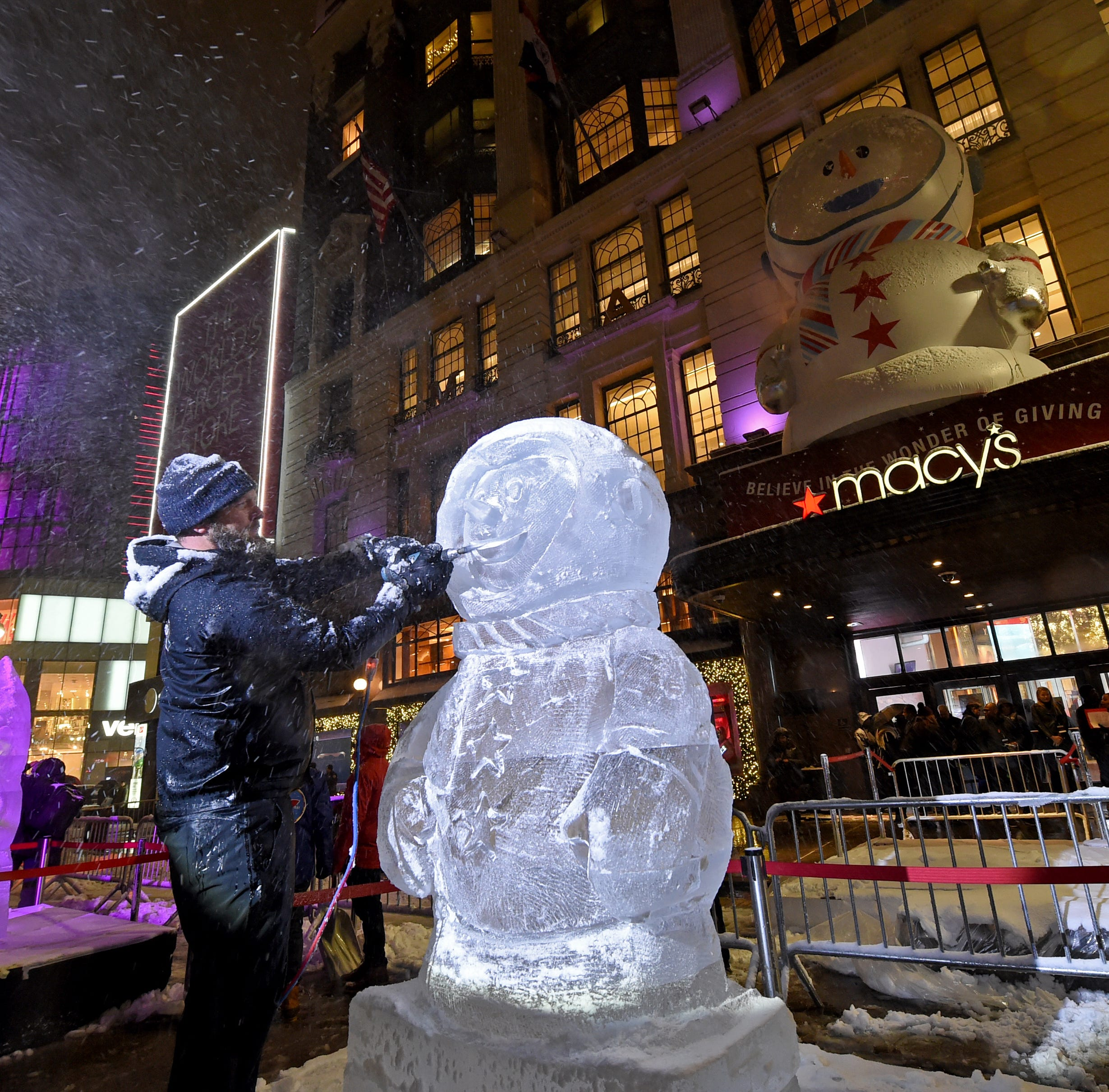 Macy's unveils its 2018 windows in November snowstorm
