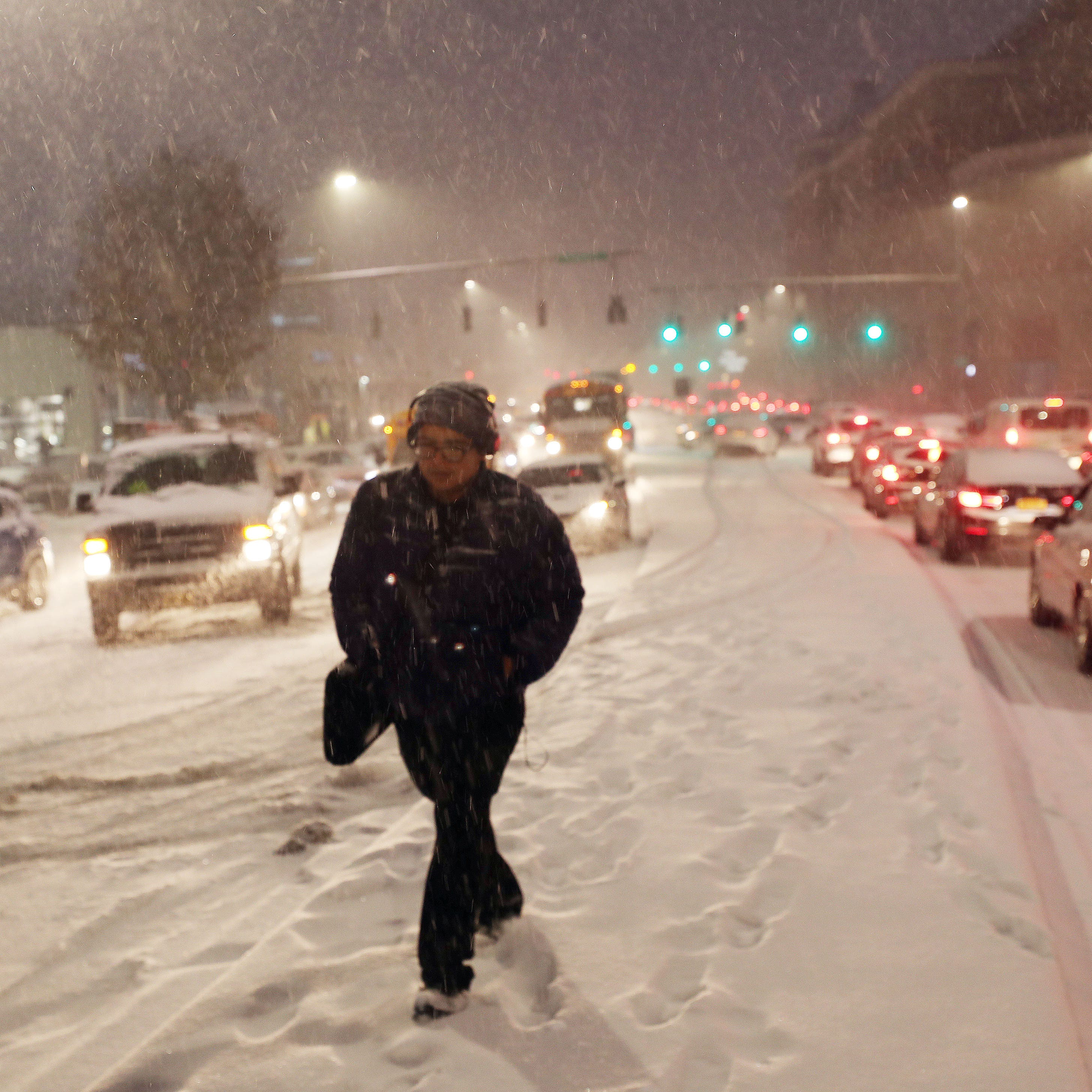 Snowstorm creates nightmare commute home