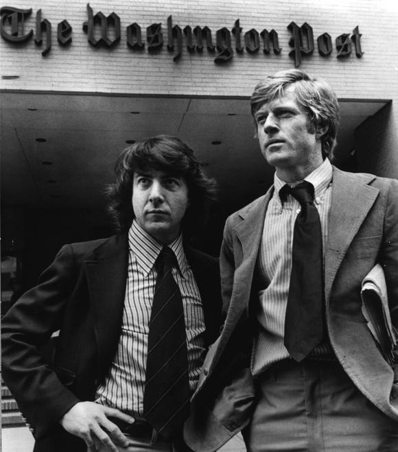 MPS -- ALL THE PRESIDENT'S MEN -- Dustin Hoffman as Carl Bernstein and Robert Redford as Bob Woodward -- The Washington Post - Watergate