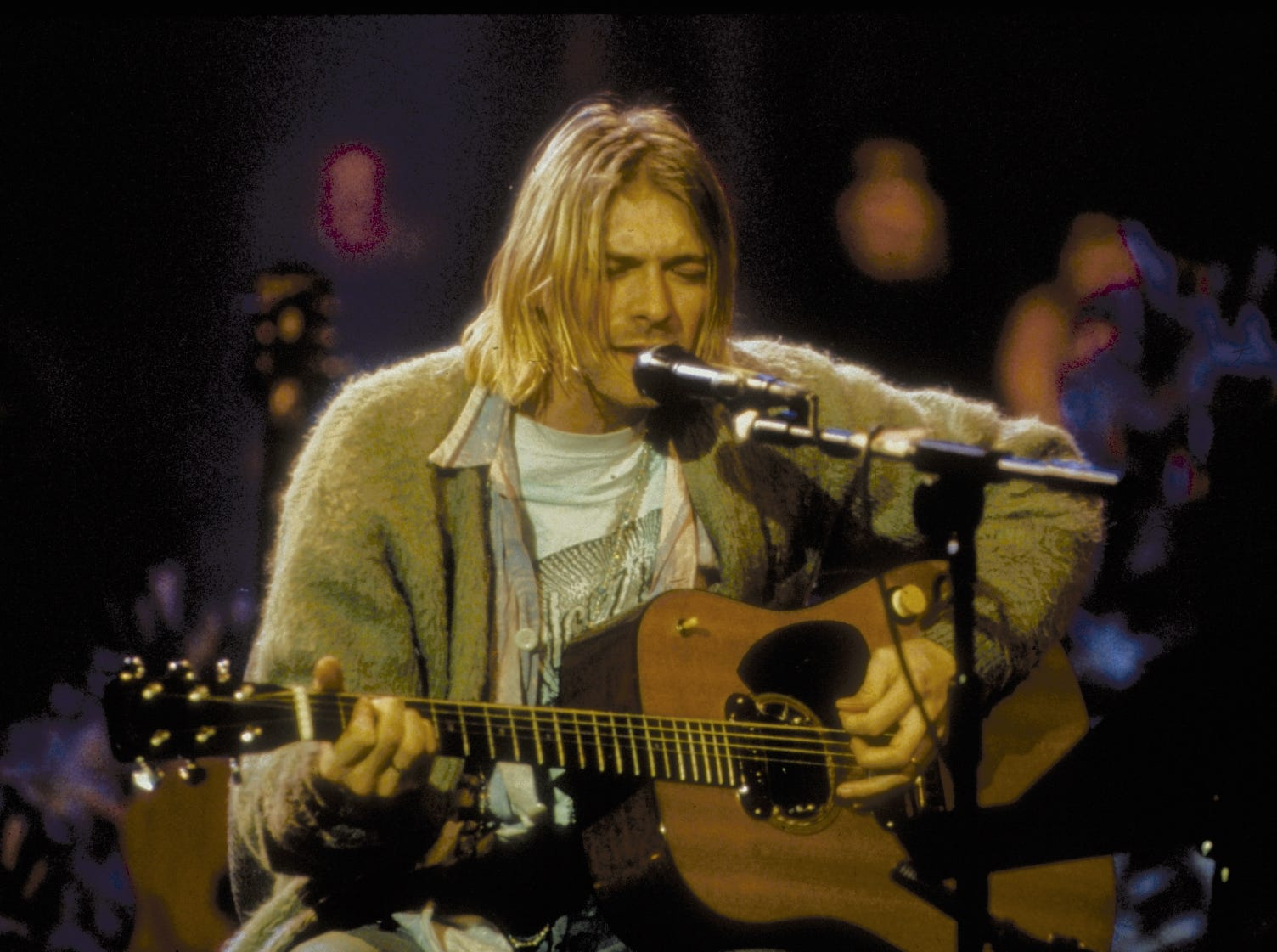 """As Nirvana's """"MTV Unplugged"""" turns 25, it's still the best live album of a generation"""