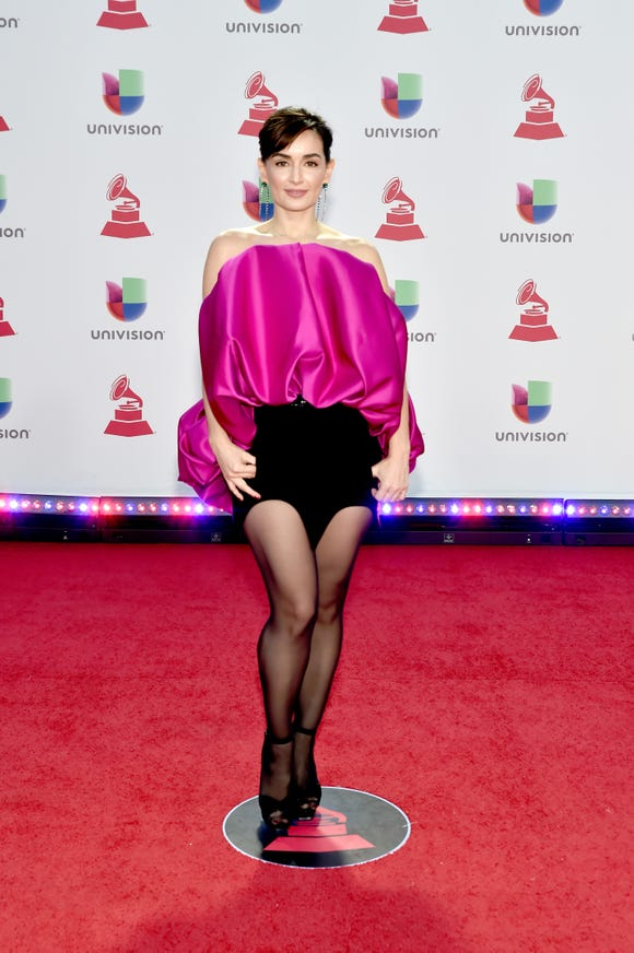 Ana de la Reguera's magenta top and short-shorts wowed on the red carpet at the 19th annual Latin Grammy Awards at MGM Grand Garden Arena.