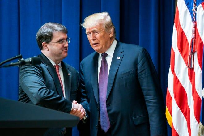 President Donald Trump and Veterans Affairs Secretary Robert Wilkie on Nov. 15, 2018.
