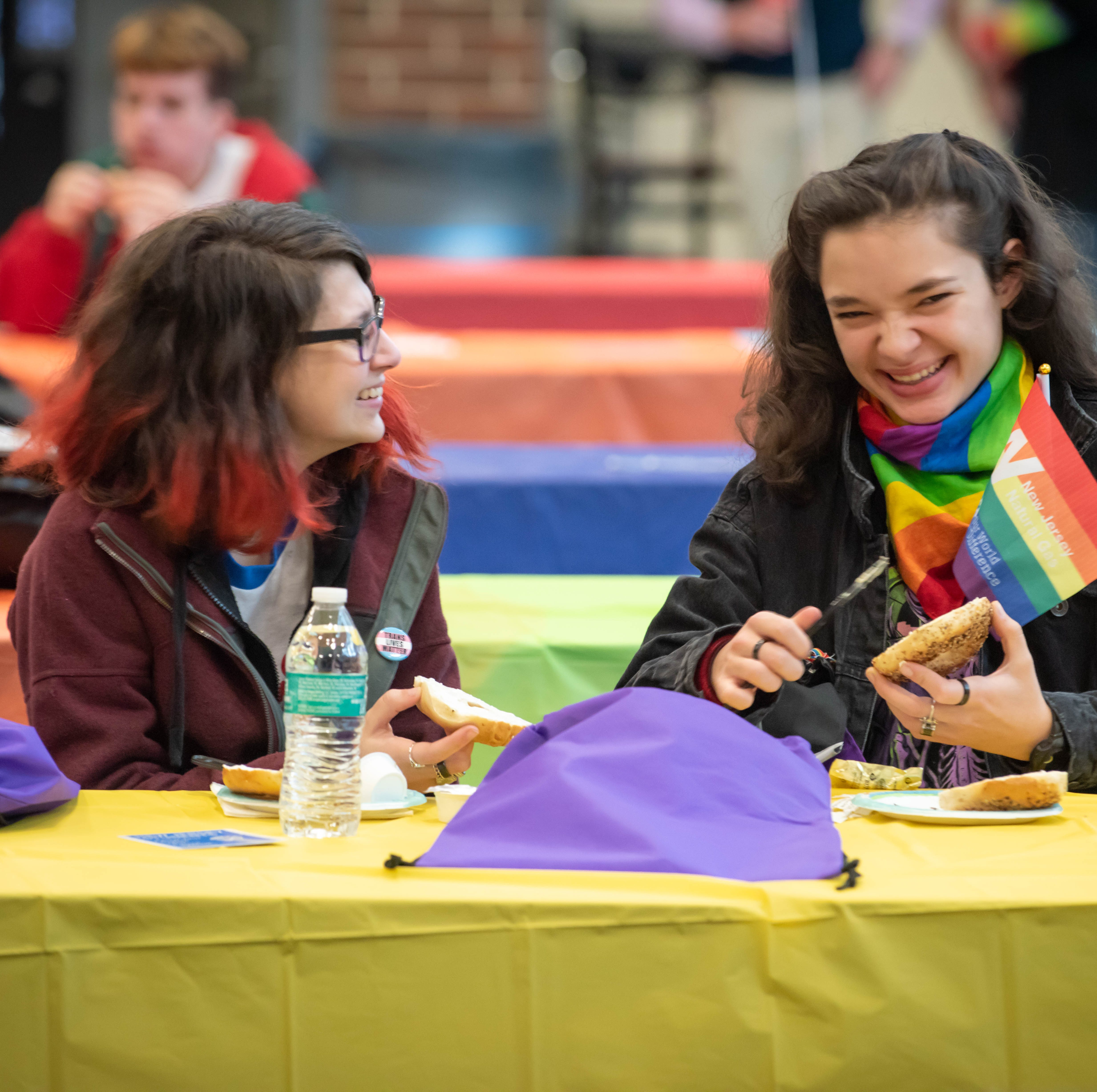 LGBT youth forum in Middletown draws hundreds