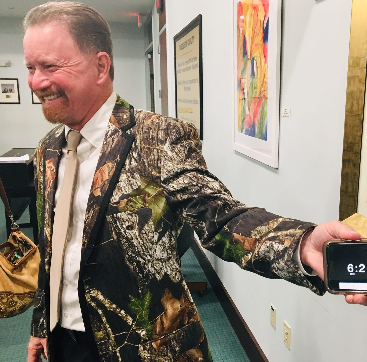County Commissioner Barfield earns tributes from his colleagues at his last meeting
