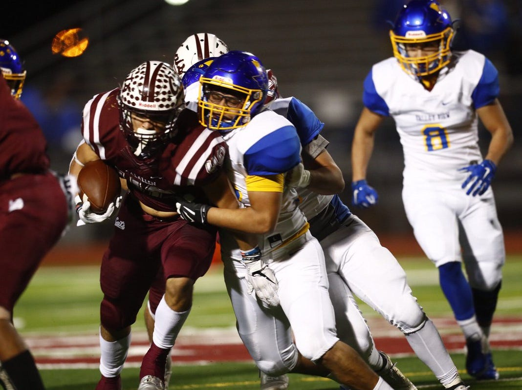 Calallen shuts down Pharr Valley View for dominating first-round playoff win