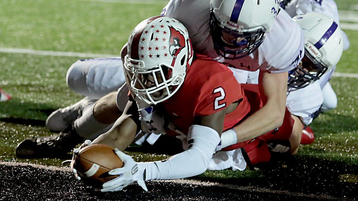 Deante Smith-Moore ran for two touchdowns and threw for another in Colerain's 42-0 win over Elder in Friday night's regional final at Mason.