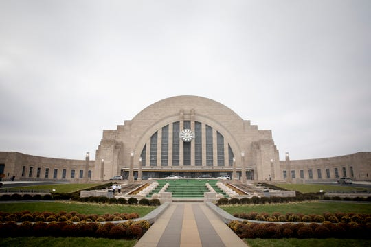 After two years of construction, Cincinnati Museum Center at Union Terminal opens to the public. Mostly funded by a voter-approved Hamilton County sales tax, the project focused on replacing and repairing deteriorating parts of the structure, which opened as a train station in 1933.Ê