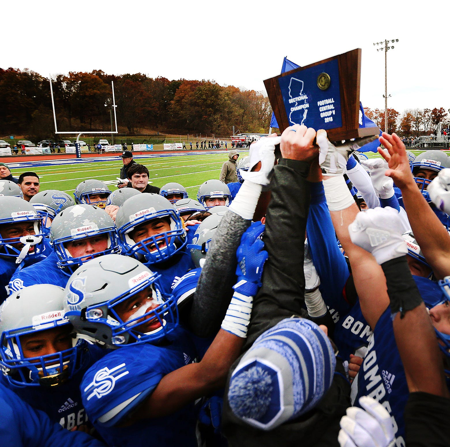 NJ football: Defense lifts Sayreville to win over North Brunswick for sectional title