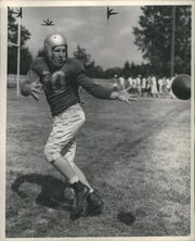 John Greene had six catches for 110 yards and two touchdowns against the Bears on Thanksgiving Day 1947.
