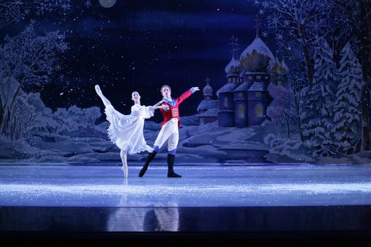 """BalletMet's production of Tchaikovsky's """"Nutcracker"""" is becoming a Thanksgiving weekend tradition in Detroit."""