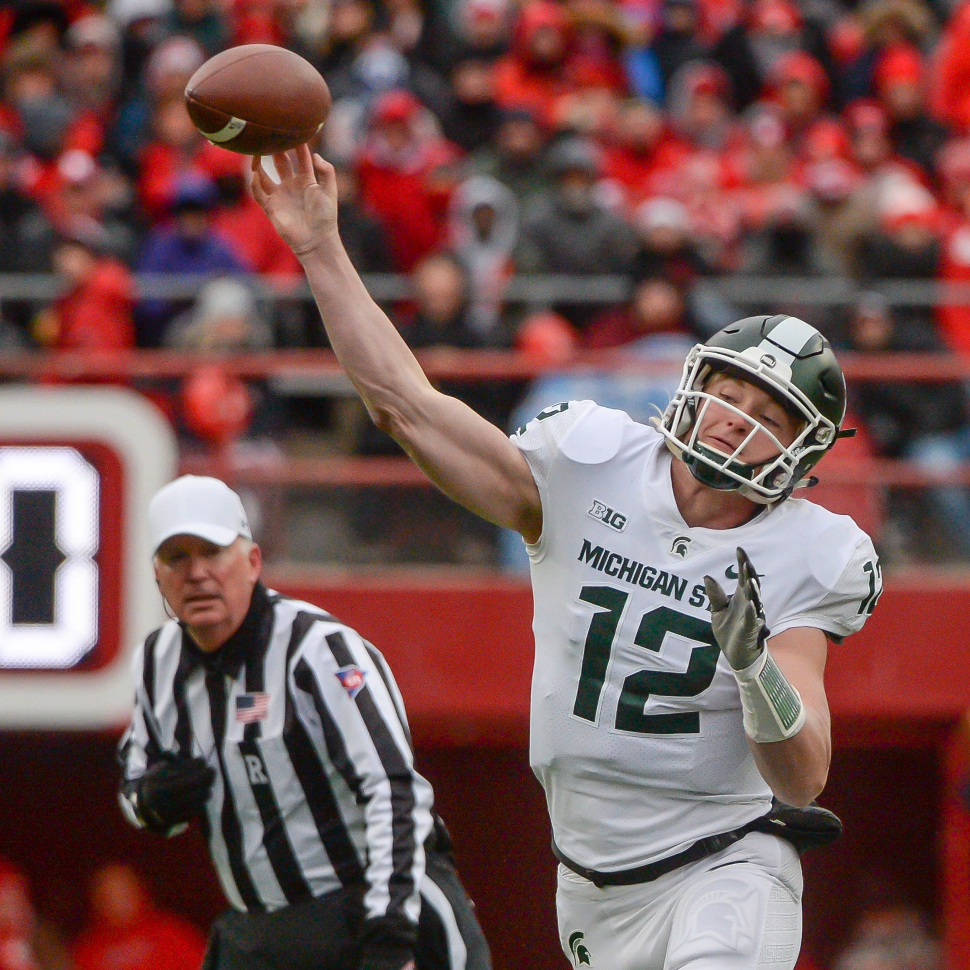 Live updates: Nebraska cuts MSU lead in half with FG