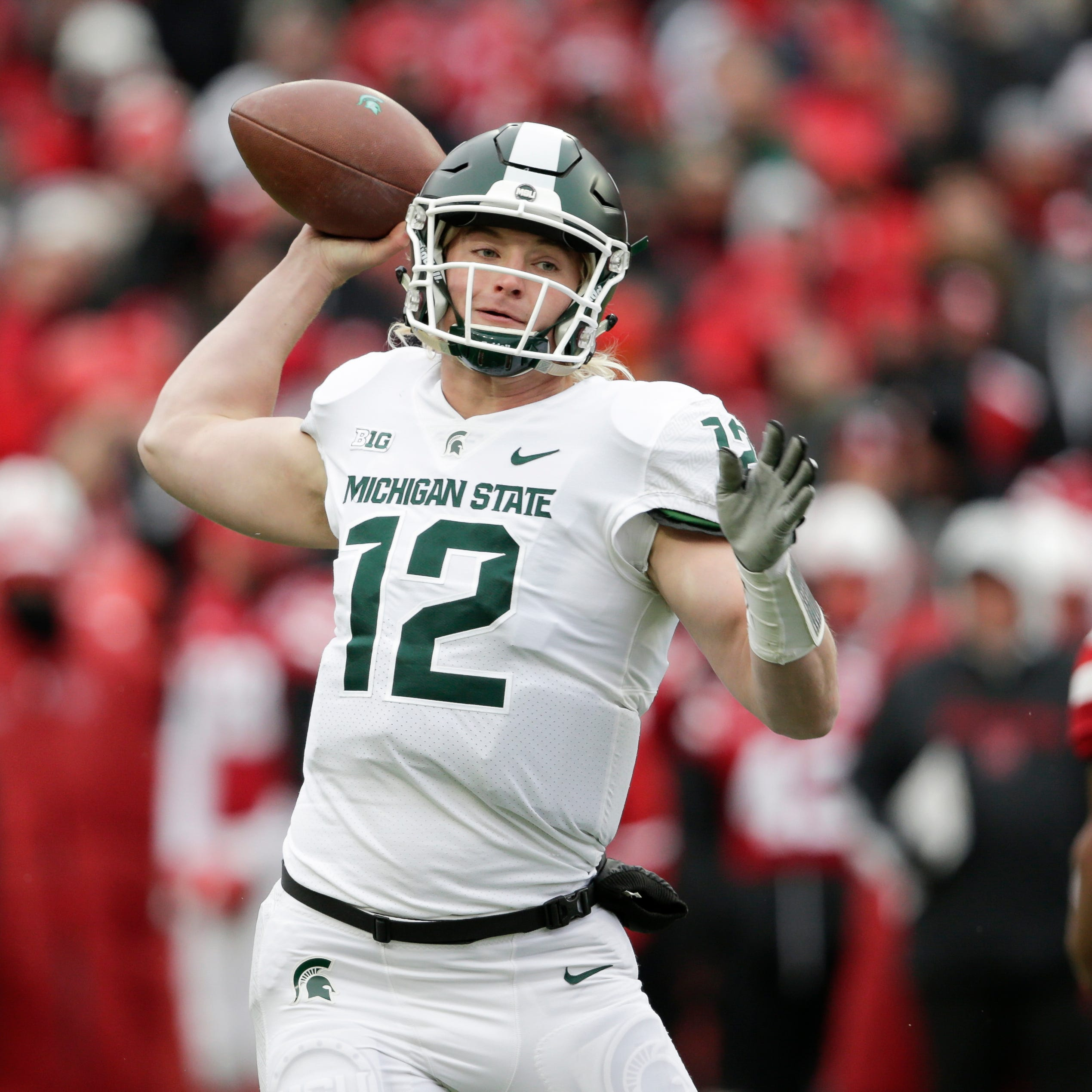 MSU's Lombardi refuses to point finger over dropped passes